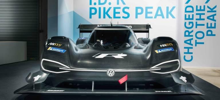 Volkswagen I.D. RPikes Peak— электромобиль напути кновой вершине