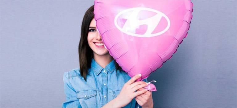 Дилерский центр Hyundai «Калуга-Авто» поздравляет сМеждународным женским днем!