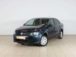 Volkswagen Polo 2013 г. (синий)