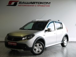 Renault Sandero Stepway 2013 г. (серебряный)