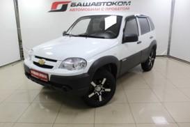 Chevrolet Niva 2014 г. (белый)