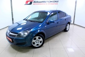 Opel Astra 2008 г. (синий)