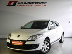 Renault Megane 2012 г. (белый)