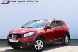 Nissan Qashqai 2011 г. (красный)