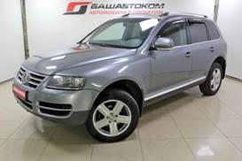 Volkswagen Touareg 2006 г. (серый)