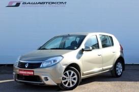 Renault Sandero 2012 г. (бежевый)