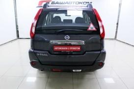 Nissan X-Trail 2012 г. (серый)