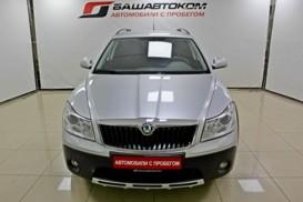 Škoda Octavia 2010 г. (серебряный)