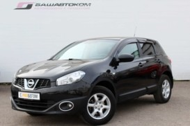 Nissan Qashqai 2011 г. (черный)